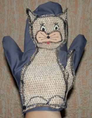 Готовая игрушка-рукавичка