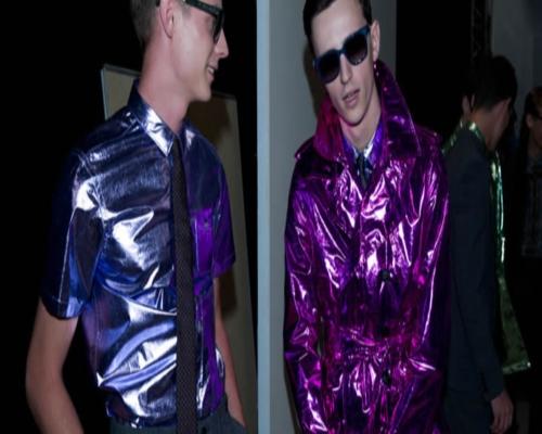 Блестящая мужская модная одежда