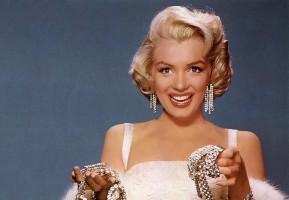 Почему многие джентльмены предпочитают блондинок