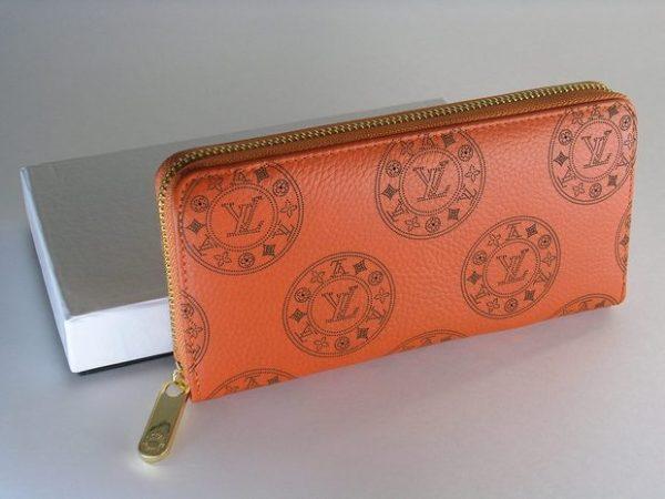 Женский кошелек: воплощение тонкого стиля