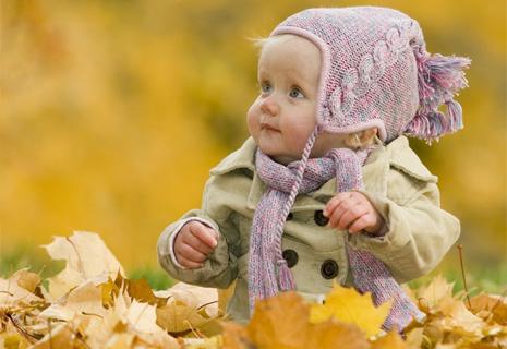 Как одеть ребенка на осенний день рождения?