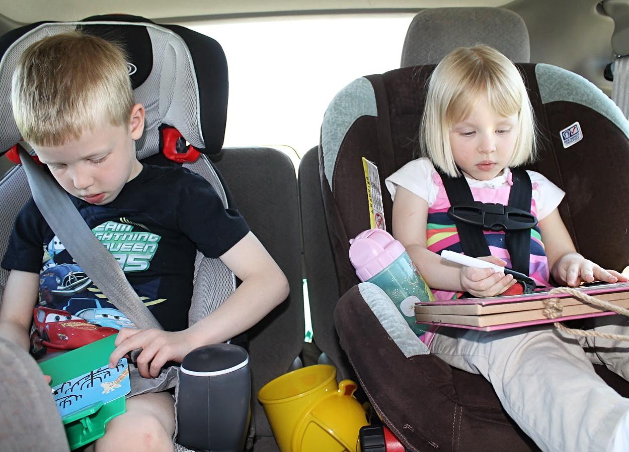 В отпуск на машине с ребенком: секреты родительского спокойствия