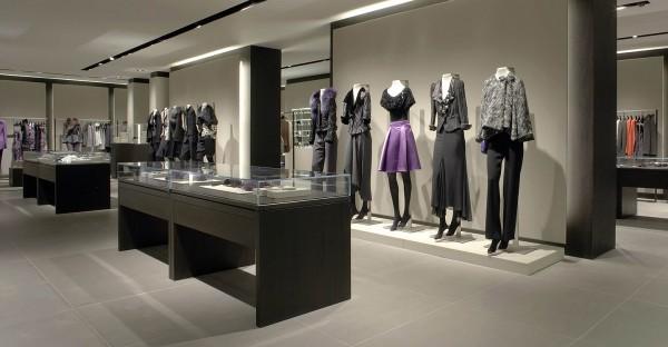 Armani: магазин бренда