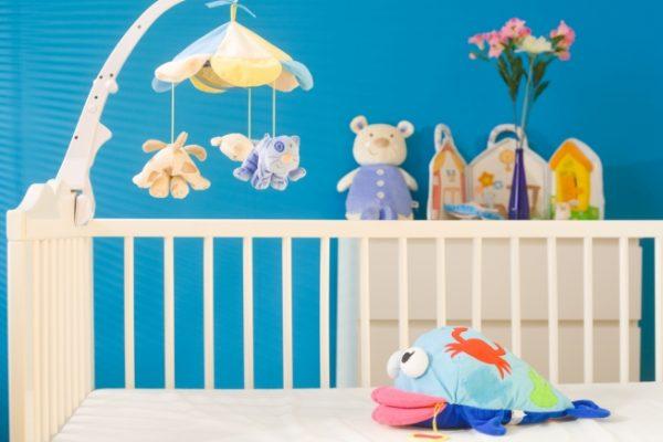 Как выбрать аксессуары для детской кроватки