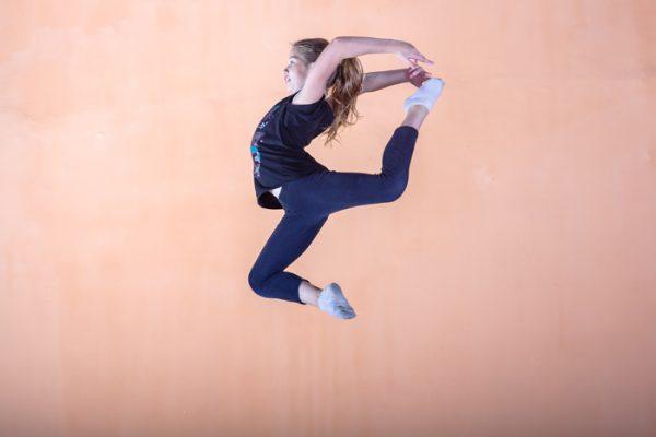 Прыжки на батуте – коктейль из удовольствия и пользы