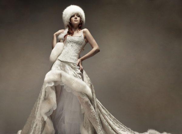 Какое оно - зимнее свадебное платье?