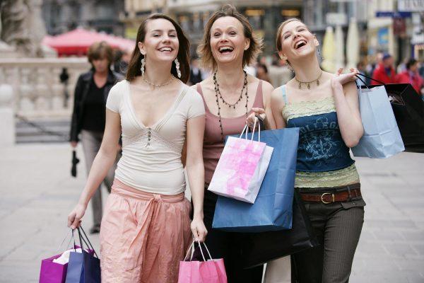 Сезонное обновление гардероба или как грамотно распределить внимание при походам по магазинам