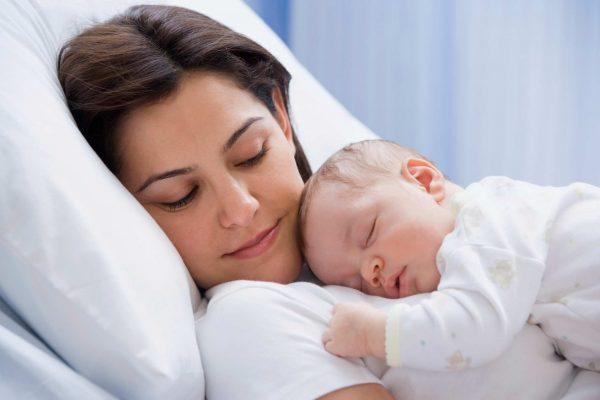 Подготовка к рождению ребенка или о задачах матери в первые месяцы после родов