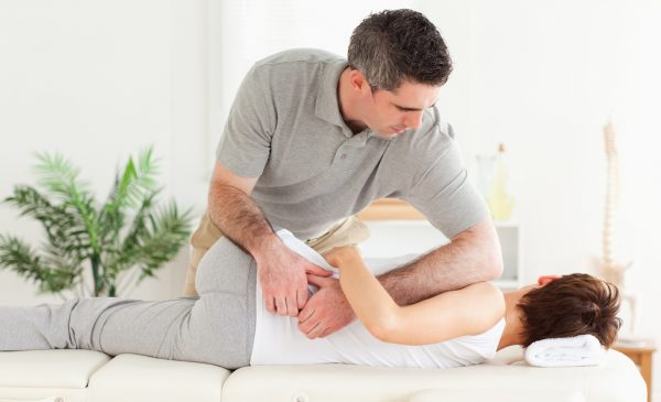 Сколиоз грудного отдела позвоночника: причины и последствия