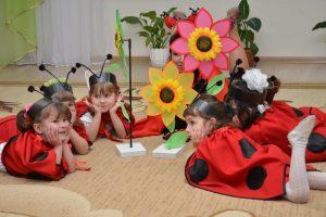 Дополнительные факторы легкой адаптации ребенка в детском саду: оснащение и отношение