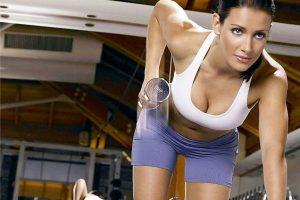 Физические нагрузки, различные процедуры и вода для преодоления жизненных сложностей: как поддержать тело