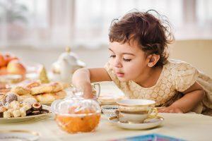 Семейные чаепития как основа успешного будущего подрастающего ребенка