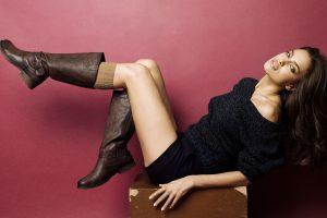 Защита обуви в зимнее время: как сохранить кожу и замшу