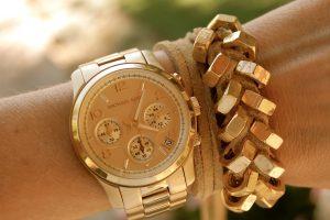 Наручные часы как прекрасный аксессуар и инструмент пунктуальности
