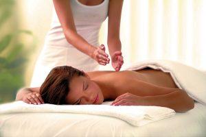 Лечебный и общеукрепляющий массаж: кому доверить свои тело и здоровье