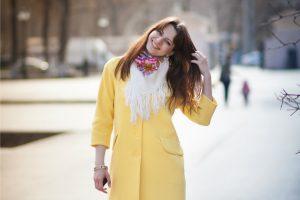 Женские платки как стильный аксессуар к любому образу
