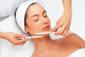 Как стать косметологом — советы начинающим