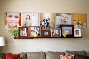 Стена с фотографиями предков и родственников или зачем нужны фоторамки