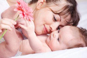 О важном значении отдыха для матери, возможностях его осуществления и отношениях ребенка с отцом с младенчества