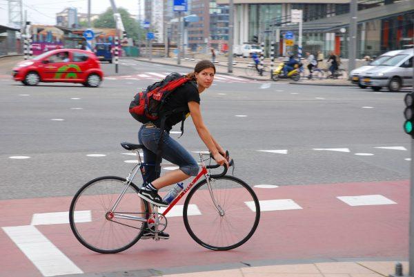 odezhda-dlya-velosipeda