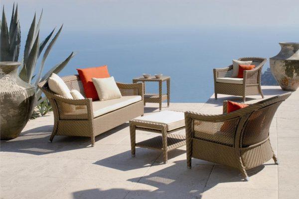 Комплект шикарной мебели из ротанга