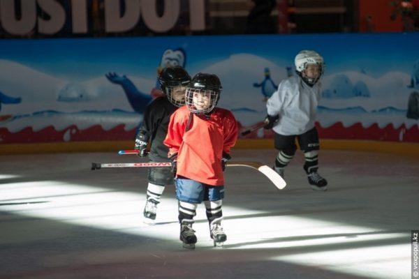 Тренировка по хоккею для детей