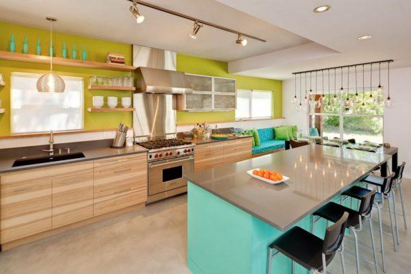 Потолочные споты на кухне