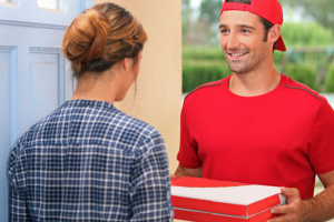 Плюсы и минусы доставки еды на дом
