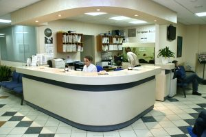 Что лучше: частная или государственная клиника?