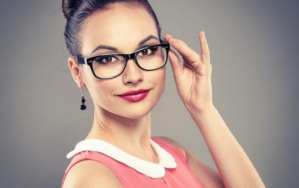 Нужно ли носить очки при близорукости?
