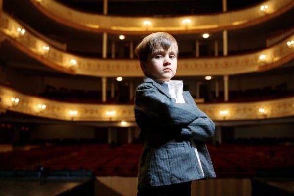 Ребенок в театре