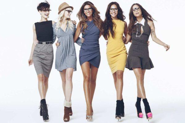 Пять красивых девушек