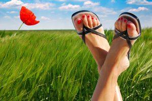 6 способов вылечить потливость ног