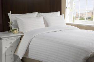 Особенные вещи для спальни: постельное белье нестандартных размеров и мебель по индивидуальным проектам