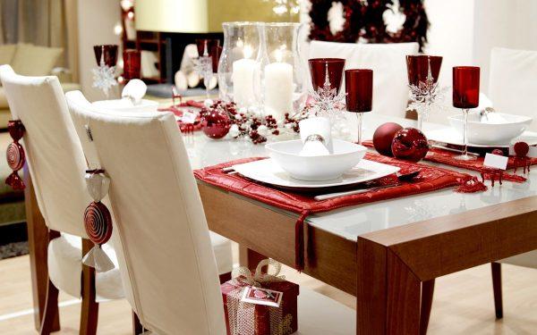novogodniy-stol