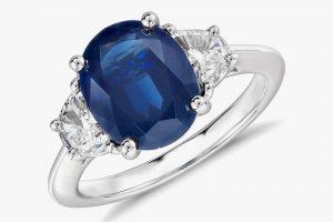 Обручальные кольца с сапфиром