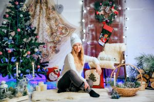 Одежда для профессиональных фотосессий под новогодней елкой: что надеть на себя и семью