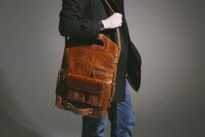 Как определить характер мужчины по его сумке
