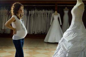 Беременная невеста: какое выбрать свадебное платье?