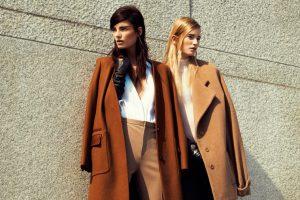 Как правильно носить дафлкот – пальто для женщин