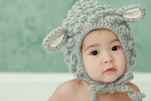 Как одевать ребенка весной?